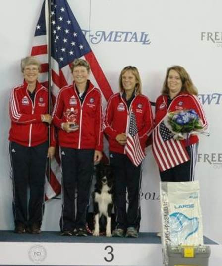 Assistant Coach: Katherine Leggett, Desiree and Pace, 2014 Team Coach: Nancy Gyes, AKC Director of Agility/Team Captain Carrie DeYoung